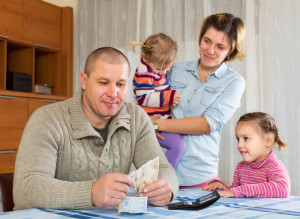 Kesalahan Besar Pengelolaan Keuangan Rumah Tangga