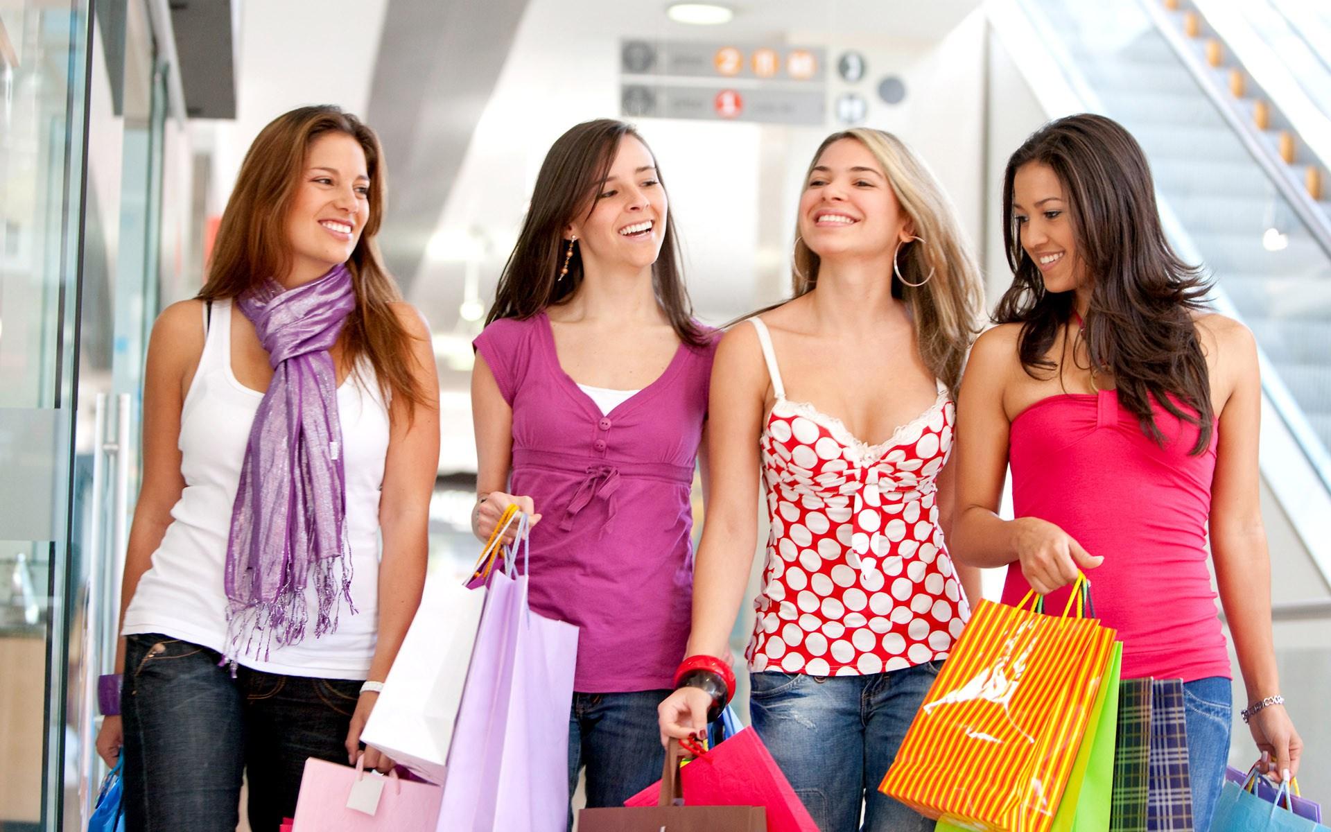 Tips Mengendalikan Hobi Belanja