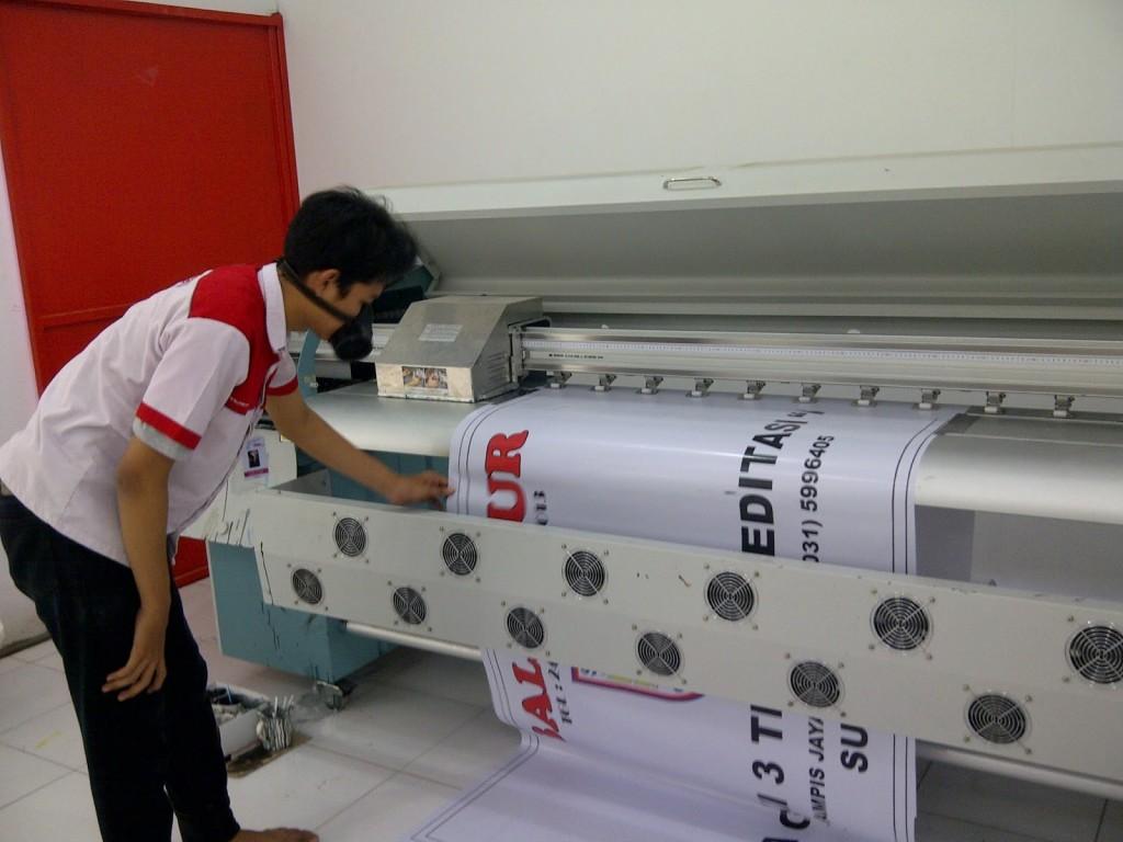 Print Banner Spanduk