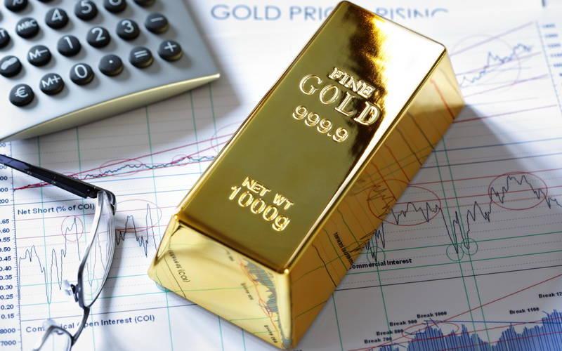 Pilih Investasi Emas atau Saham?