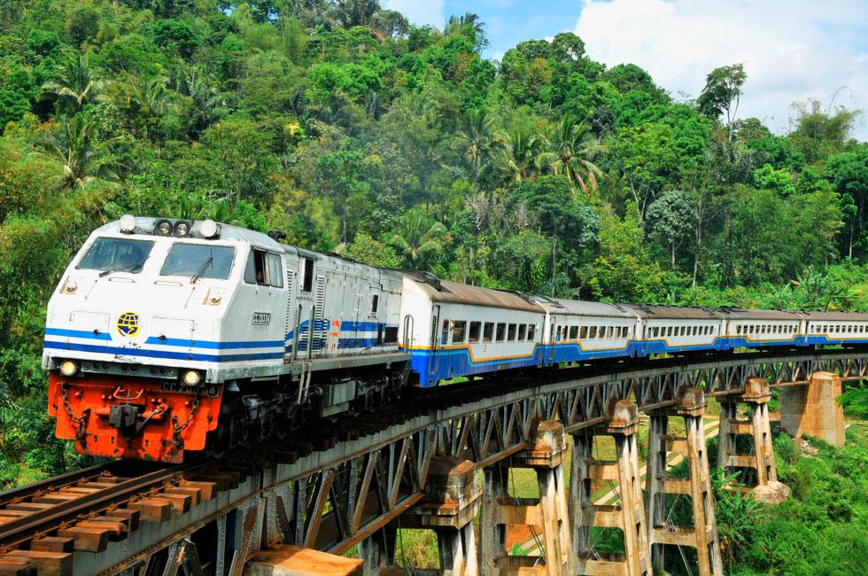 Sumber: http://www.tripjalanjalan.com/