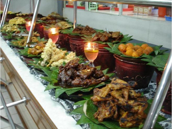 strategi pemasaran rumah makan